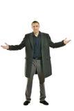 Gut aussehender Mann im Mantel lizenzfreies stockfoto