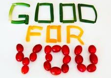 Gut für Sie Zeichen: Schalotten, gelber Pfeffer, Traubentomaten Stockbild