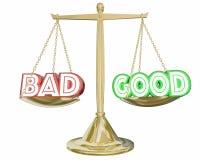 Gut gegen die schlechte Skala, die positive negative Wahlen 3d Illustra wiegt Stockfotografie