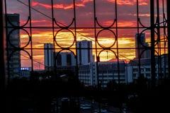 Gute Architektur mit faszinierendem Himmel lizenzfreie stockfotos
