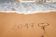 Guten Rutsch ins Neue Jahr 2017 auf dem Strand Stockbild