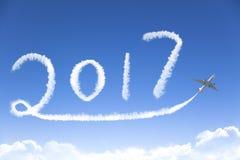 Guten Rutsch ins Neue Jahr 2017, das mit dem Flugzeug zeichnet Lizenzfreie Stockfotos