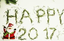 Guten Rutsch ins Neue Jahr-Design auf weißem Hintergrund mit Kiefer und Weihnachtsmann Stockbild