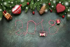 2018 guten Rutsch ins Neue Jahr, festlicher Hintergrund Beschneidungspfad eingeschlossen Lizenzfreie Stockfotografie