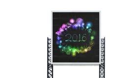 2016-guten Rutsch ins Neue Jahr-Feuerwerk auf großem Zeichenbrett Lizenzfreies Stockbild