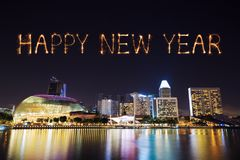 2018-guten Rutsch ins Neue Jahr-Feuerwerk mit Singapur-Stadtbild nachts Stockfotos