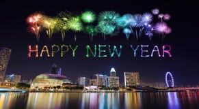 2018-guten Rutsch ins Neue Jahr-Feuerwerk mit Singapur-Stadtbild nachts Lizenzfreies Stockfoto