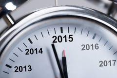 Guten Rutsch ins Neue Jahr 2015 im Wecker Stockfoto