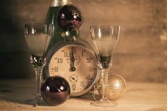 2017 guten Rutsch ins Neue Jahr mit Uhr Lizenzfreie Stockbilder