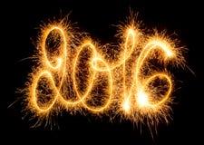 Guten Rutsch ins Neue Jahr - 2016 mit Wunderkerzen Stockfotografie