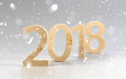 2018 guten Rutsch ins Neue Jahr, Zahlen schnitt vom hellen Holz auf einem grauen backg Stockfotografie