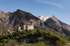 Gutenberg kasztel w Balzers, Liechtenstein Ten kasztel emblemat Balzers jest 70 metrami wysokimi nad wioską i był buil Zdjęcie Royalty Free