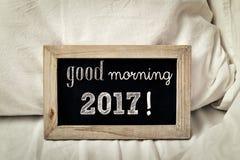 Guter Morgen 2017 des Textes in einer Tafel Stockbilder