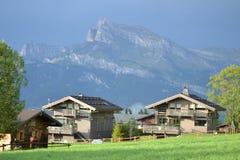 Gutshäuser in den französischen Alpen Lizenzfreie Stockbilder