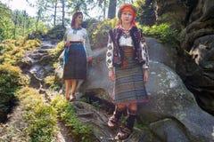 Gutsulka dans la forêt carpathienne Photographie stock libre de droits
