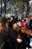 Gutsuls está jogando canções de natal do Natal imagens de stock royalty free