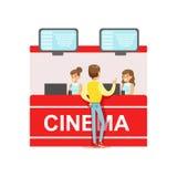 Guy Buying Cinema Tickets Whom-Kassierer widersprechen, Teil glückliche Menschen in den Film-Theater-Reihen Lizenzfreie Stockfotografie