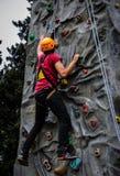 Guy Climbing On Wall fotografía de archivo libre de regalías