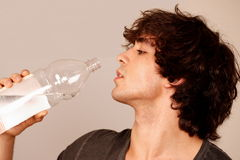 Guy drinking water Royalty Free Stock Photos