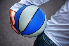 The guy and his basketball Royalty Free Stock Photos