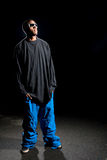 Guy Wearing Baggy Clothes Images libres de droits