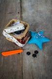 guzików nożyce brezentowi bieliźniani pomiarowi ustawiają dostawy szwalnej taśmy Obraz Royalty Free