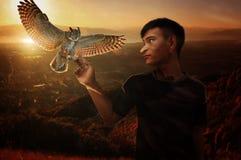 GV fantastyczni szczyty wraz z ptakami obrazy royalty free