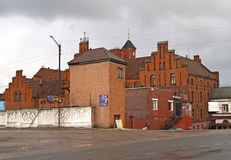 GVARDEYSK, RUSSI Une vue de la serrure Teutonic de Tapiau dans le jour nuageux Image stock
