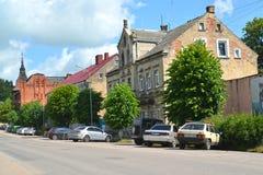 GVARDEYSK, RUSSIE Vieux bâtiments de la construction allemande sur la rue de Gagarin Photographie stock libre de droits