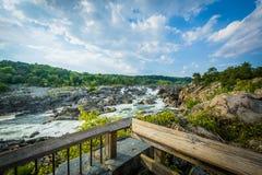 Gwałtowni w Potomac rzece przy Great Falls, widzieć od Olmsted Są zdjęcia royalty free