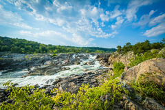 Gwałtowni w Potomac rzece przy Great Falls, widzieć od Olmsted Są zdjęcie royalty free