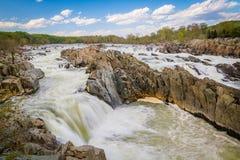 Gwałtowni w Potomac rzece przy Great Falls parkiem, Virginia Obrazy Stock