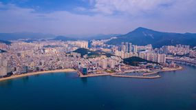 Gwangalli海滩鸟瞰图在釜山市,韩国 Aeria 免版税库存图片