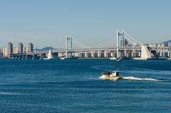 GwangAn-Brücke und Busan-Stadt in HaeUnDae in Korea stockbilder