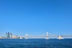 GwangAn stora bro och Marine City Arkivbild