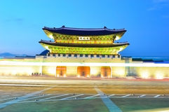 Gwanghwamun main gate at night in Seoul Royalty Free Stock Photography