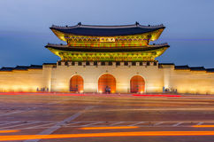 Gwanghwamun-Tor von Gyeongbokgungs-Palast nachts in Seoul, Sout Stockfotografie