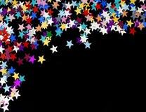 Gwiaździstej nocy tło, udziały gwiazdy rozpraszać na prostym czarnym tle, kopii przestrzeń obraz stock