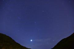 Gwiazda przy noc zdjęcie royalty free