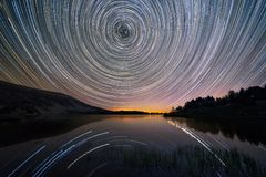Gwiazda wlec nad Laguna Grande w neila, Burgos obraz royalty free