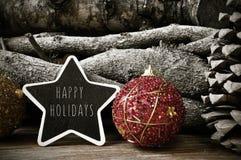 Gwiazdkowaty chalkboard z tekstów szczęśliwymi wakacjami fotografia royalty free