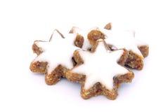 Gwiazdkowaty cynamonowy ciastko Obrazy Stock