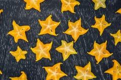 Gwiazdowe owoc na drewnianym stole Tajlandzka owoc: Gwiazdowa owoc jest popularna Obrazy Stock