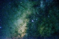 Gwiazdy i galaxy kosmosu nieba nocy wszechświatu tło Zdjęcia Royalty Free