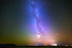 Gwiazdy w nocnym niebie Zdjęcia Royalty Free