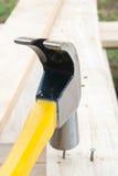 gwoździa młoteczkowy drewno Obraz Stock