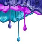 Gwoździa połysku ciekłe krople bryzgają farbę na bielu zdjęcie stock