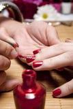 gwoździa połysku czerwień Zdjęcia Royalty Free