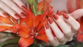 Gwoździa projekt Manicure'u gwoździa farba Zdjęcia Royalty Free