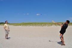 Gyckel på stranden arkivfoton